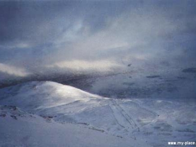Looking down on the plateau from the Spring Run, Jan 2000
